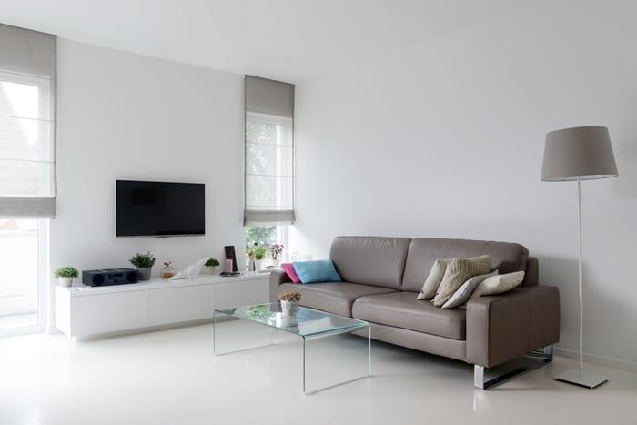 Eksempel på en stue med epoxy gulv
